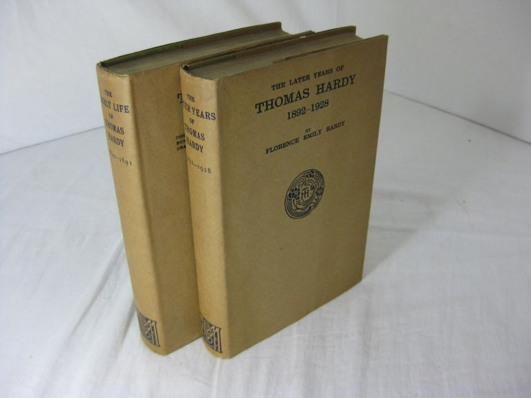 THE EARLY LIFE OF THOMAS HARDY 1840 - 1891 and THE LATER YEARS OF THOMAS HARDY 1892 - 1928 ( Two volume set, complete, in dustjackets ). Florence Emily Hardy.